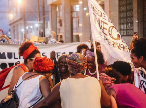 Rede, afeto e resgate no enfrentamento ao feminicídio