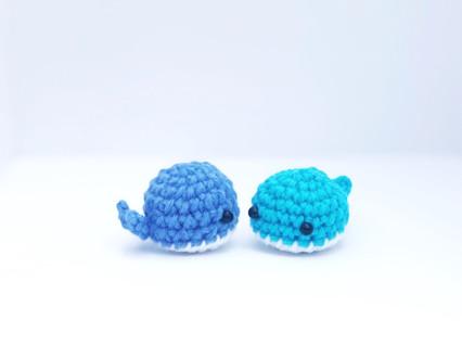 Crochet... Amigurumi : Mini Whale | 330x426