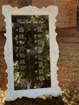 wedding-mirror-seating-chart
