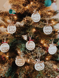 Personalized-wood-engraved-ornaments