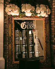 mirror-wedding-seating-chart