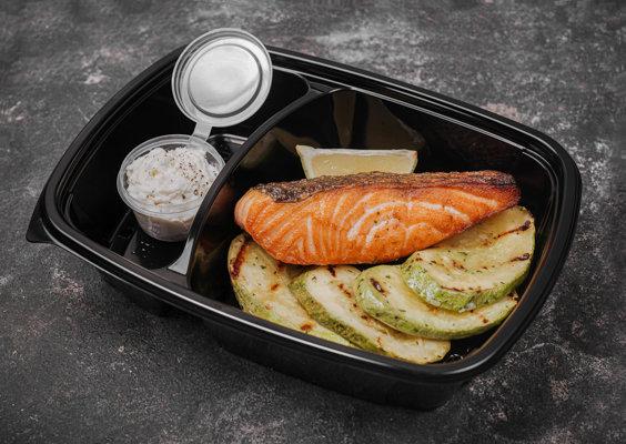 Стейк из лосося с сырной эспумой