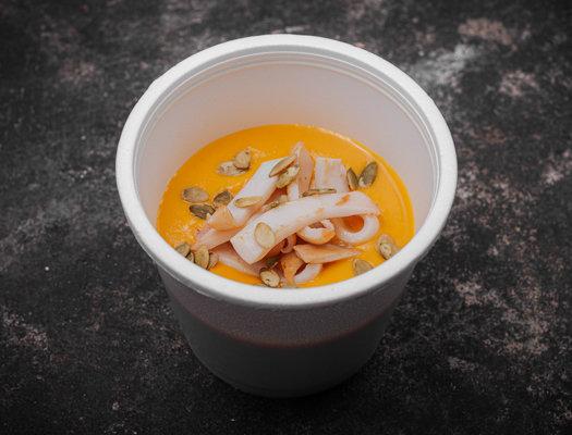 Сырный крем-суп с филе кальмара