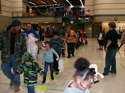2016 Holiday Party cakewalk