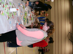 girl scouts make ornaments