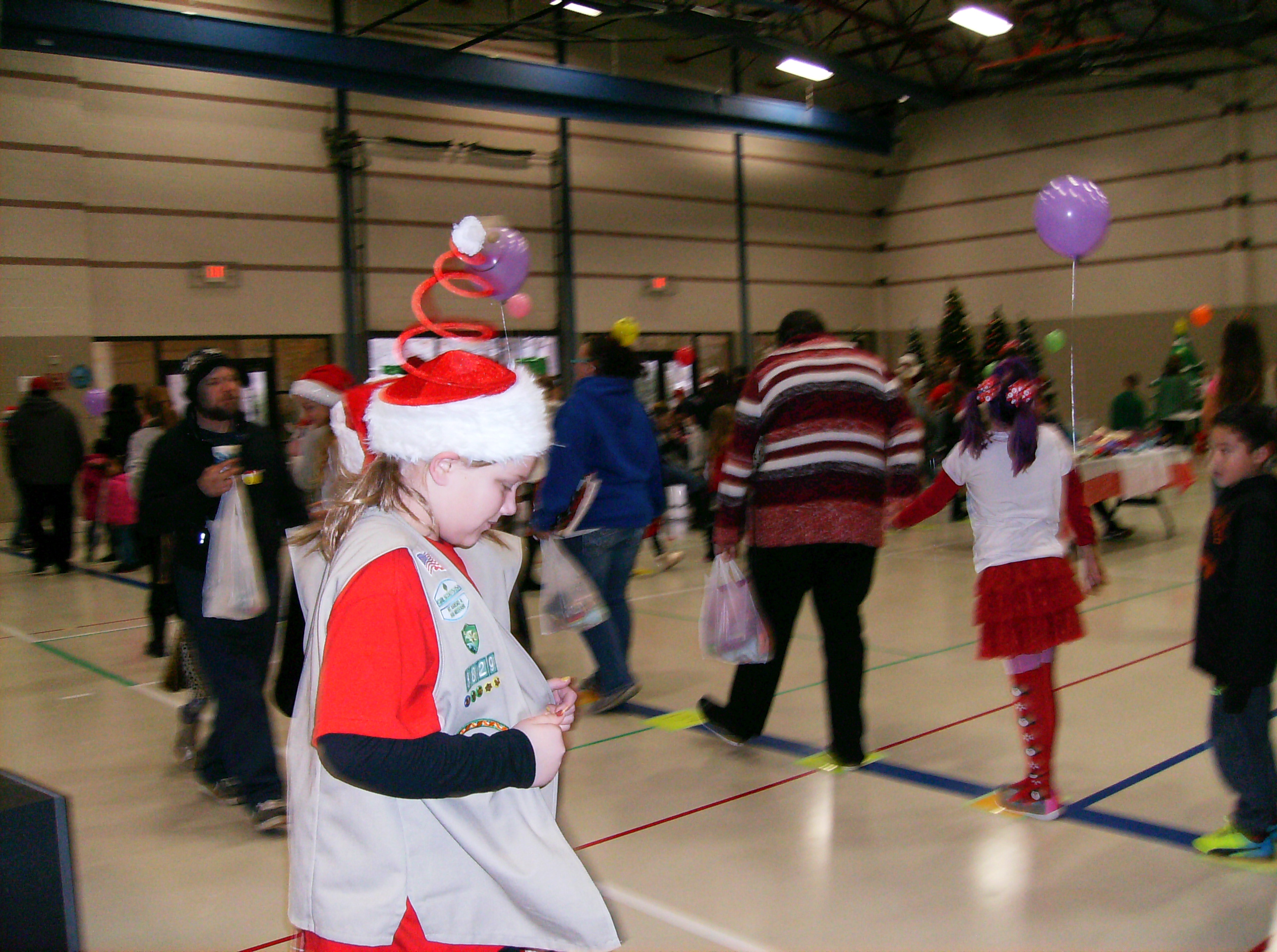 12172016 girl scouts cake walk 4