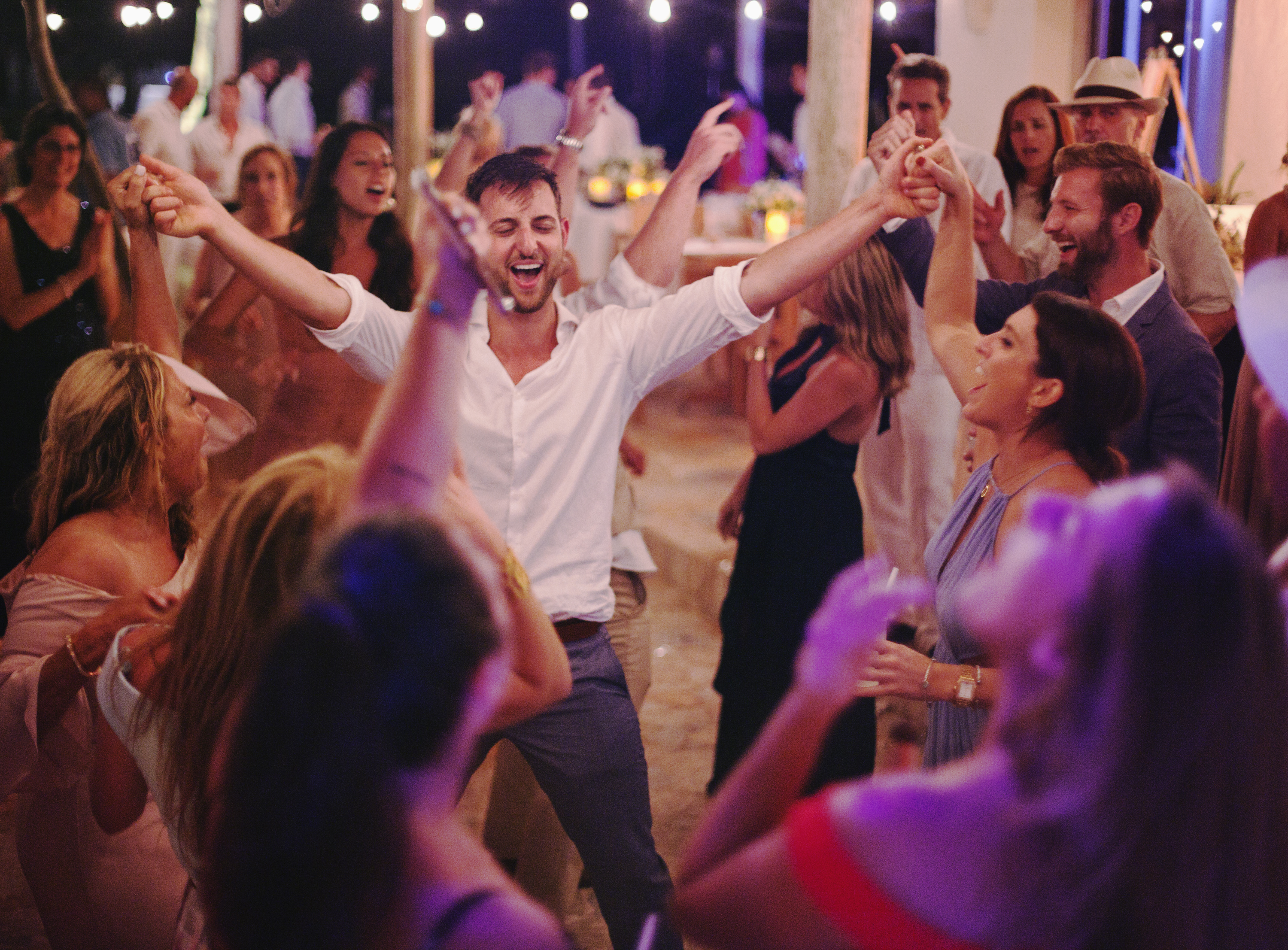Dance Party Wedding Cartagena Beach
