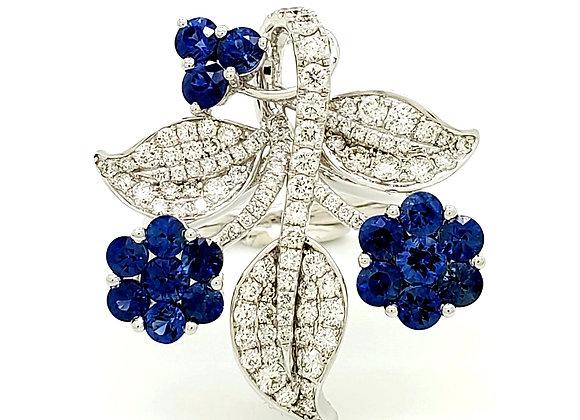 SAPPHIRE AND WHITE DIAMOND FLOWER RING