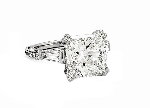 PRINCESS CUT WHITE DIAMOND RING