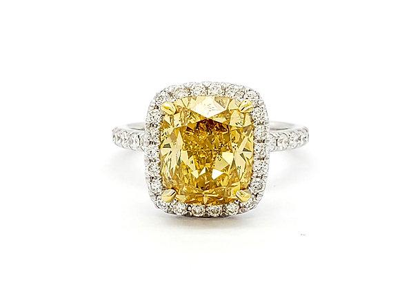 CUSHION CUT FANCY BROWNISH YELLOW DIAMOND RING