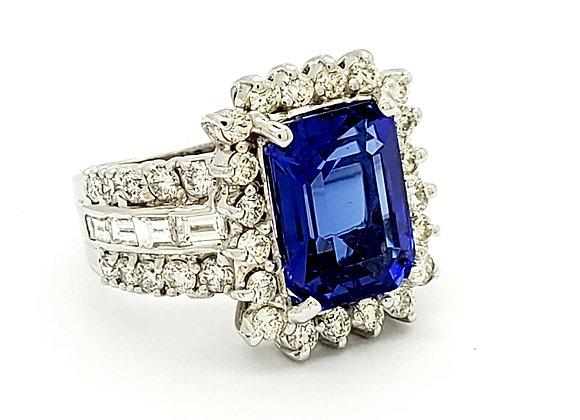 TANZANITE AND WHITE DIAMOND RING