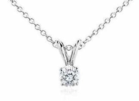 WHITE DIAMOND SOLITAIRE PENDANT