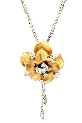 YELLOW GOLD AND WHITE DIAMOND FLOWER PENDANT