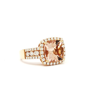 CUSHION CUT MORGANITE AND DIAMOND RING