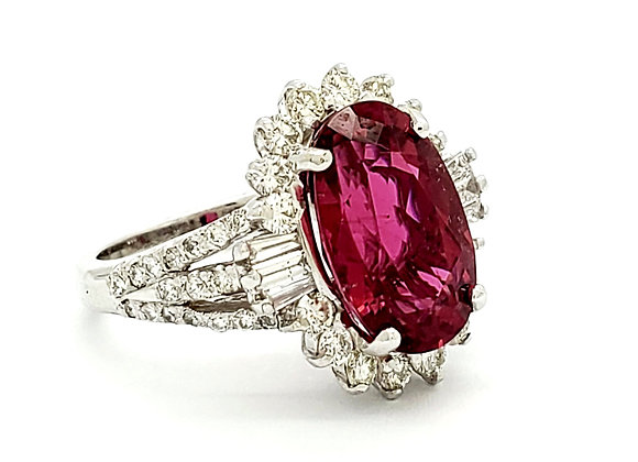 OVAL RUBELITE AND DIAMOND RING