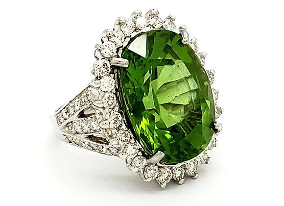 PERIDOT AND WHITE DIAMOND RING