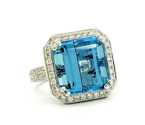 AQUAMARINE AND WHITE DIAMOND RING