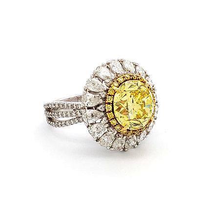 Round Fancy Vivid Yellow Diamond Ring