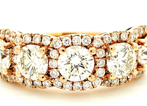 ROUND WHITE DIAMOND BAND
