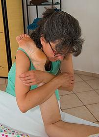 Anne Rigollet de Détente et bien-être pratique le massage suédois qui permet de préparer le sportif à l'entrainement ou de récupérer plus rapidement après celui-ci