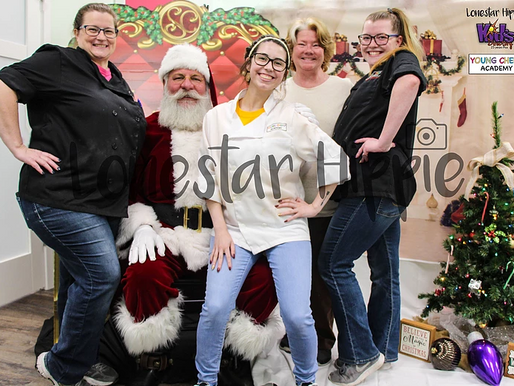 Santa visited Young Chef Academy of Rockwall and Lonestar Hippie captured the Moment!