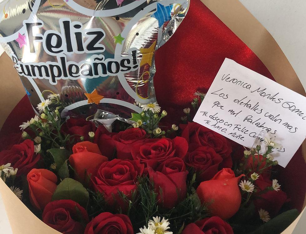 24 rosas decoradas con globo