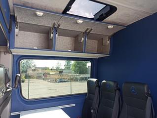 keleivinių mikroautobusų vidaus įrengimas