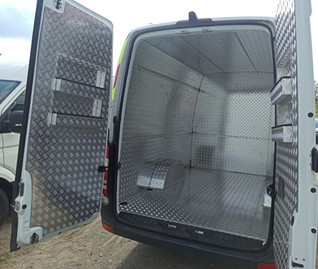 Installation of the cargo part of minibuses