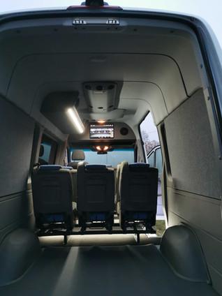 mikroautobusu irengimas
