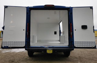 installation of isothermal minibuses