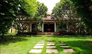 Villa Balny front.jpg