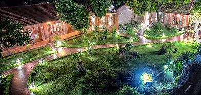 La belle vie garden.jpg