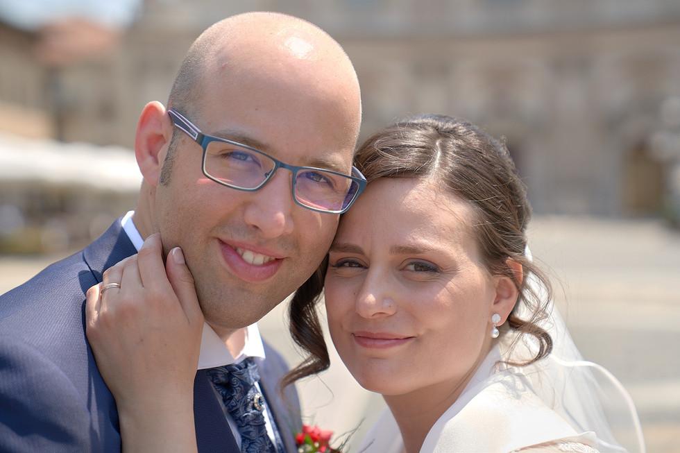 Primo piano degli sposi vicini, fotografo matrimonio Novara,