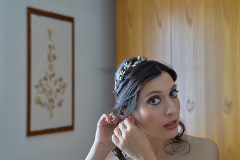 sposa, orecchini, primo piano, fotografo matrimonio Novara