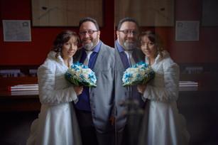 ritratto sposi, riflesso, fotografo matrimonio Novara,
