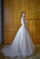 sposa, profilo, figura intera, fotografo matrimonio Novara,