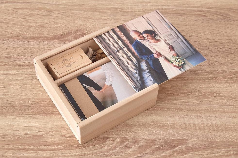 USB-scatola-in-legno-personalizzata-con-