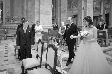 sposa, sposo, padre sposa, basilica San Martino Magenta, fotografo matrimonio Novara,