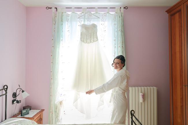 Sposa e abito da sposa preparativi