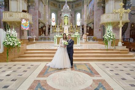 sposi, sposati, basilica San Martino Magenta, fotografo matrimonio Novara,
