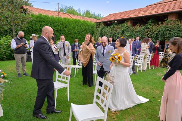 arrivo della sposa all'altare, fotografo matrimonio Novara,