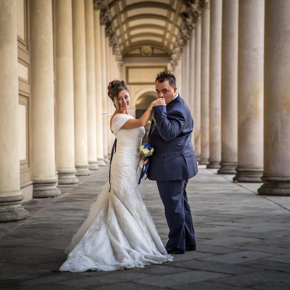 Sposi a Novara vicino al Duomo