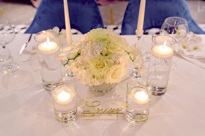 tavolo sposi, bouquet, candele, fotografo matrimonio Novara,