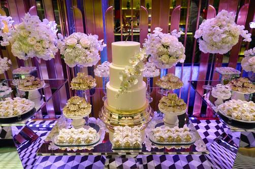 torta confetti e bomboniere,Top Carne Milano, fotografo matrimonio Novara,