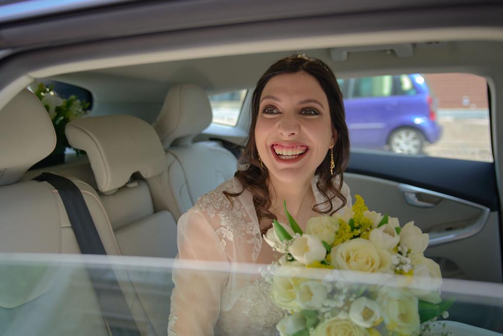 arrivo sposa macchina, fotografo matrimonio Novara,
