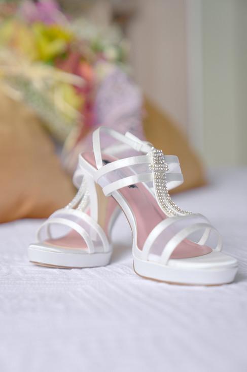 scarpe sposa, preparativi matrimonio, fotografo matrimonio Novara,