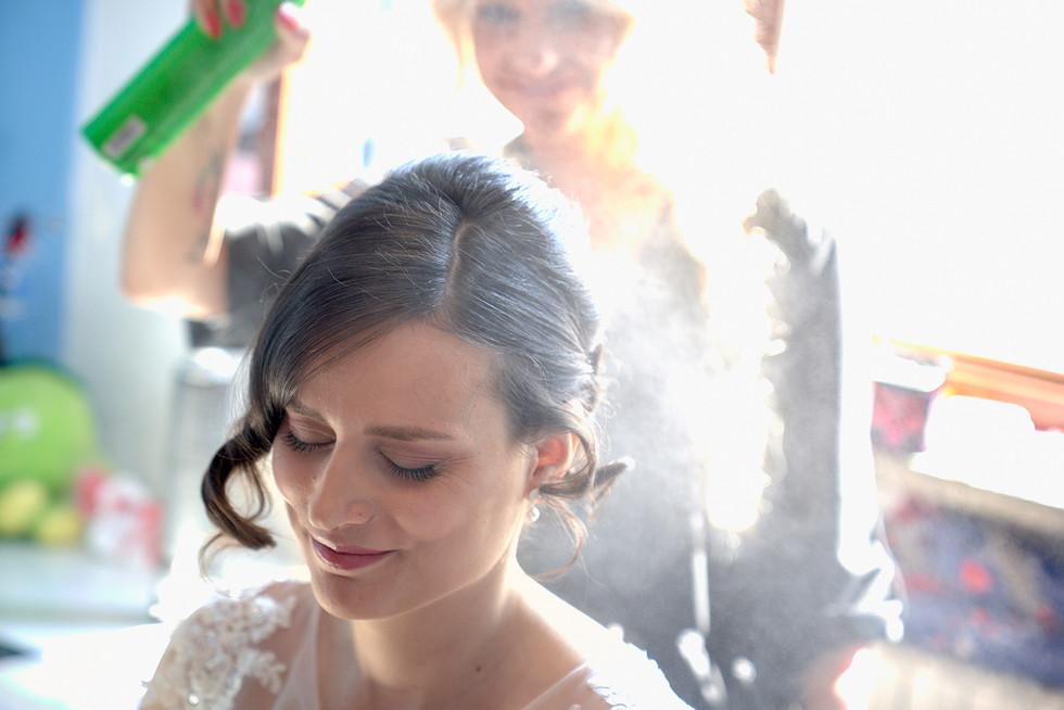 parrucchiere make up sposa, lacca spray per capelli, fotografo matrimonio Novara