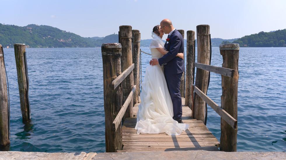 Bacio degli sposi Isola San Giulio lago d'Orta
