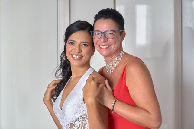 ritratto sposa e damigella, fotografo matrimonio Novara,