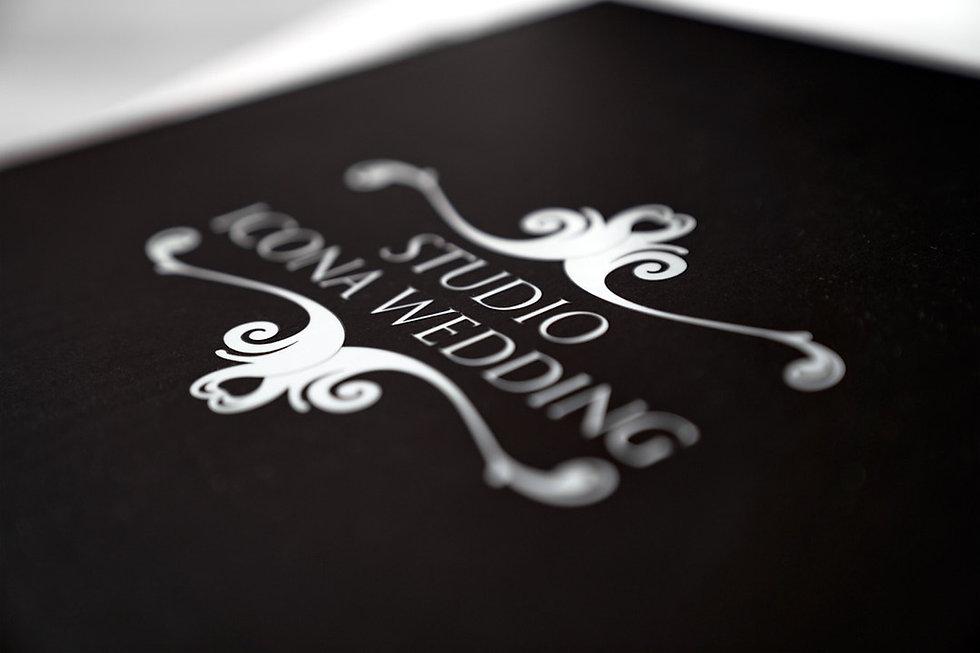 logo studio icona wedding, copertina young book